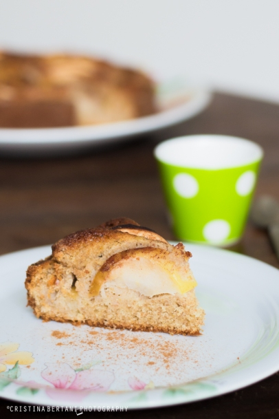 Spiced Apples and Mascarpone cake